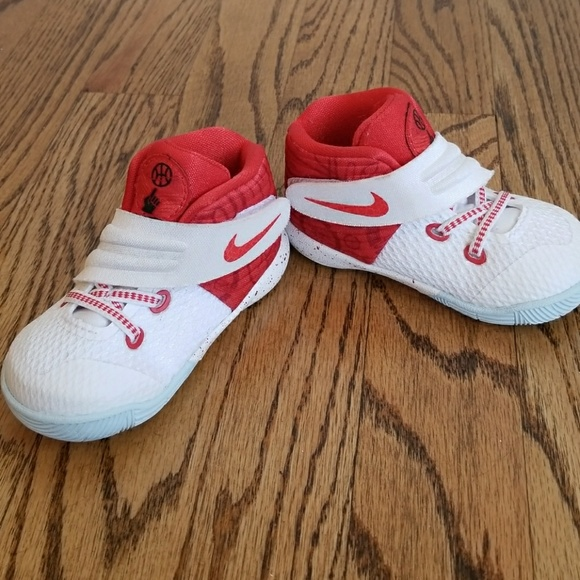 Nike Shoes   Kyrie Irving 2 Nike Baby